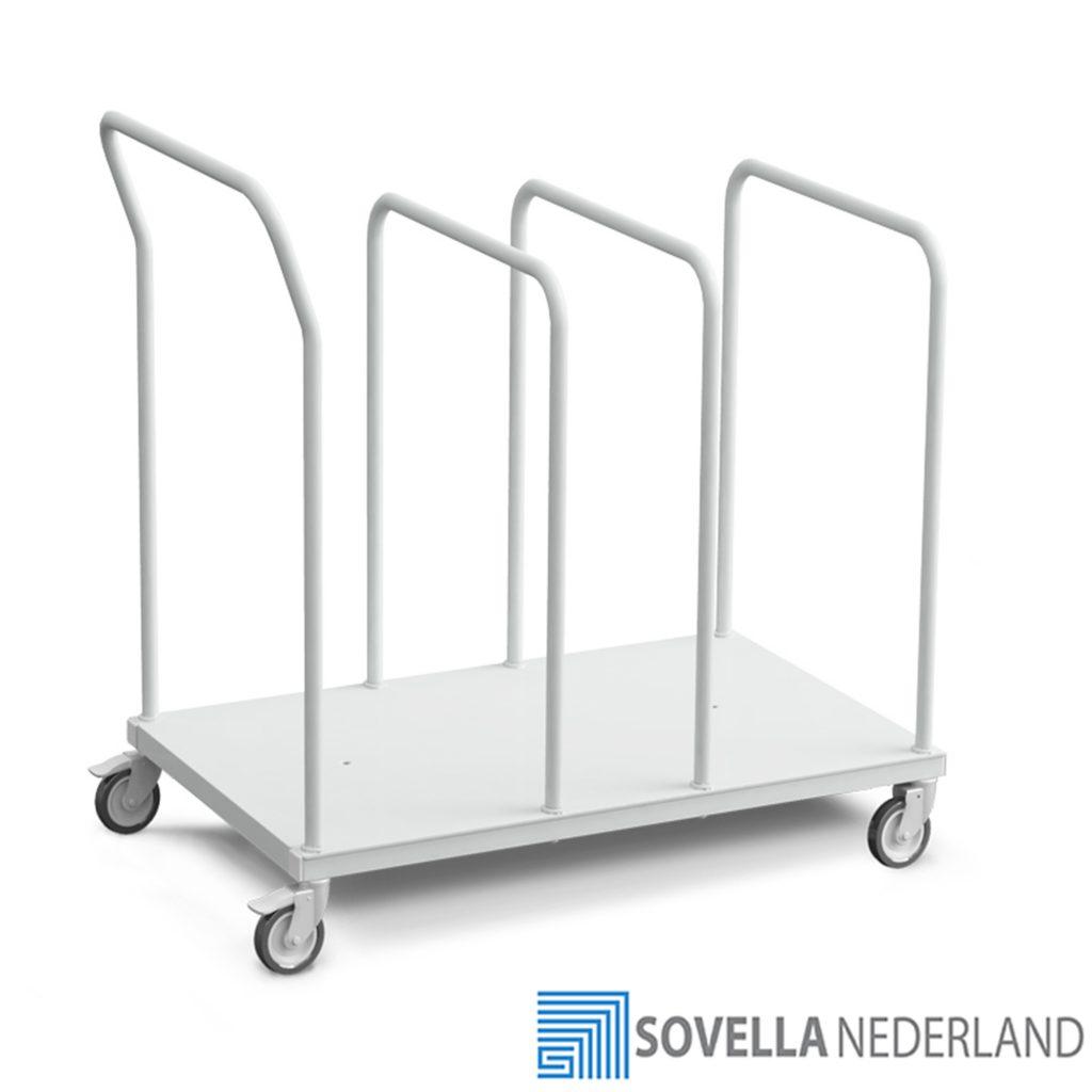 Treston lage karton trolley voor grote kartonnen nabij de paktafel