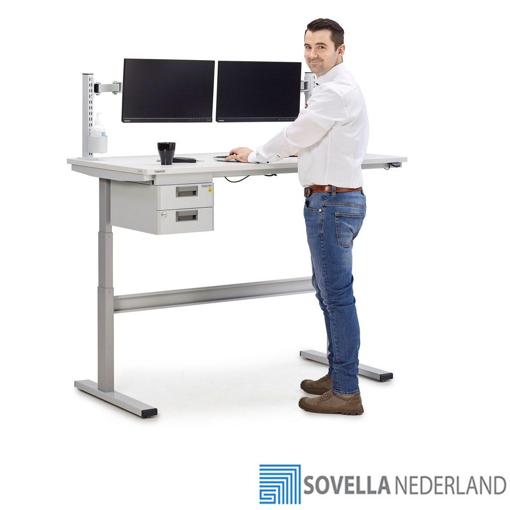Treston TED elektrisch verstelbare werktafel voor retour goederen - Sovella Nederland